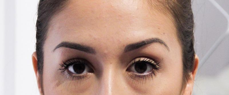 Micro-pigmentation sourcil